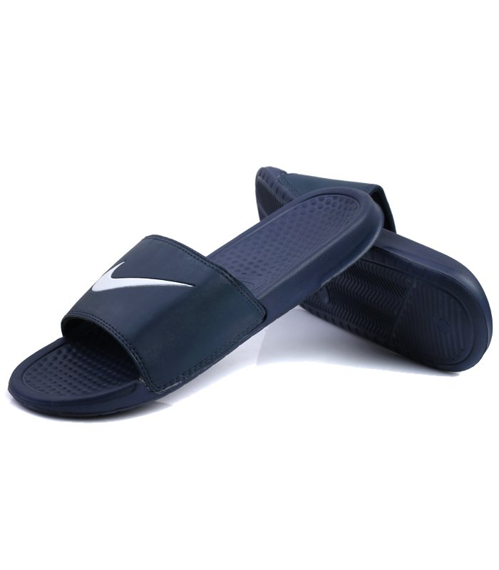 low priced 3d91c 4880d Nike Slippers